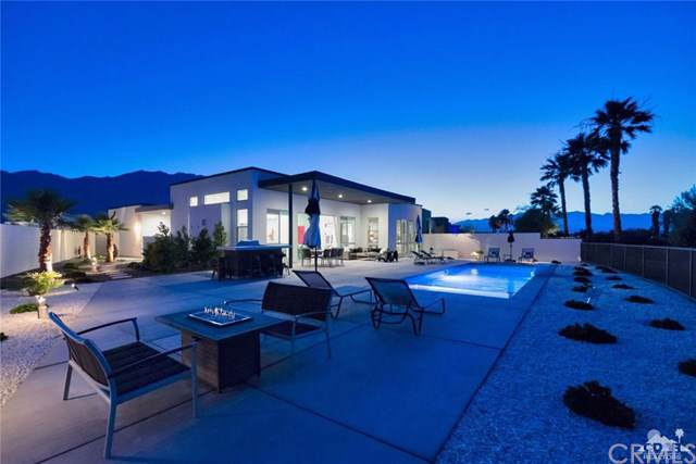 1110 Celadon Street, Palm Springs, CA 92262 (#219023073DA) :: J1 Realty Group