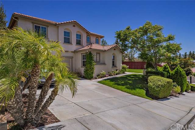 42111 Majestic Court, Temecula, CA 92592 (#SW19205613) :: The Bashe Team