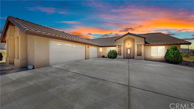 8688 Palomar Avenue, Yucca Valley, CA 92284 (#JT19206979) :: J1 Realty Group