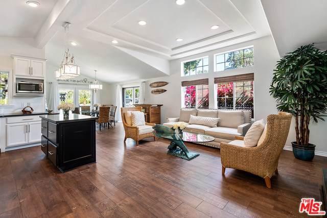 128 Paradise Cove Road, Malibu, CA 90265 (#19505890) :: The Laffins Real Estate Team