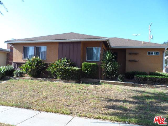 2319 W 112TH Street, Inglewood, CA 90303 (#19505974) :: Fred Sed Group