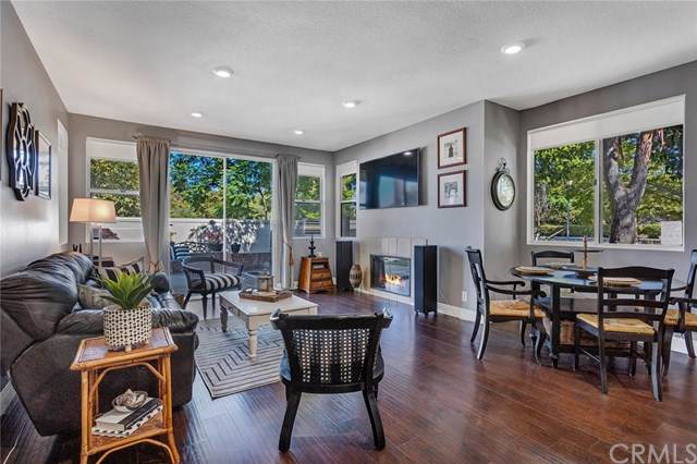 2 Via Entrada, Rancho Santa Margarita, CA 92688 (#OC19208561) :: Allison James Estates and Homes