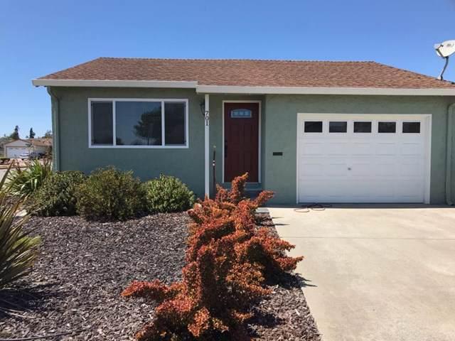 701 Almond Drive, Watsonville, CA 95076 (#ML81766830) :: J1 Realty Group