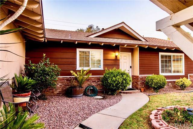 17470 Fontlee Lane, Fontana, CA 92335 (#DW19210387) :: Mainstreet Realtors®