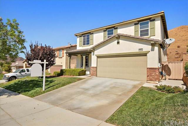 34316 Blossoms Drive, Lake Elsinore, CA 92532 (#CV19210937) :: Fred Sed Group