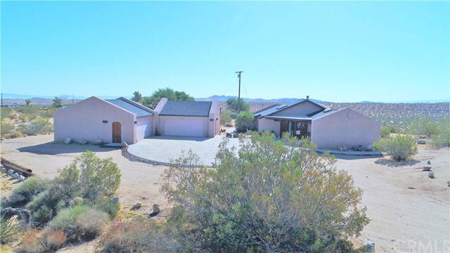737 Tahoe Court, Yucca Valley, CA 92284 (#JT19209888) :: Sperry Residential Group