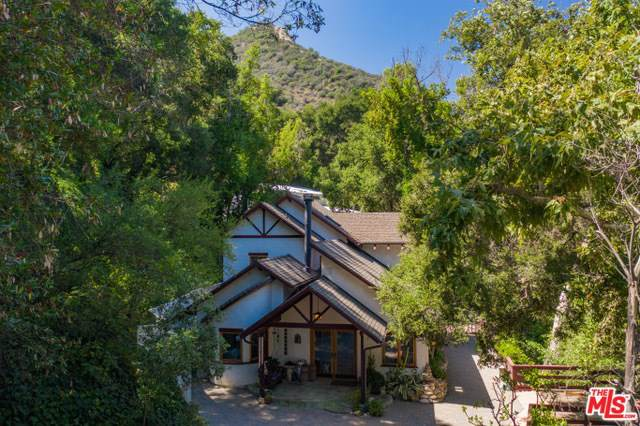 905 Old Topanga Canyon Road, Topanga, CA 90290 (#19506790) :: The Marelly Group | Compass
