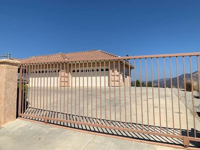 29515 The Yellow Brick Rd, Valley Center, CA 92082 (#190049185) :: Blake Cory Home Selling Team