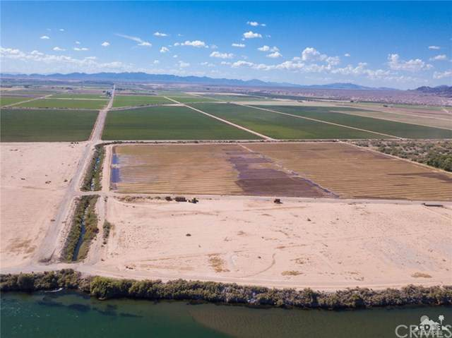 2.5 Acres By 4th Avenue, Blythe, CA 92225 (#219023767DA) :: A|G Amaya Group Real Estate