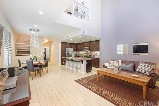 77 Waldorf, Irvine, CA 92612 (#NP19210951) :: Sperry Residential Group