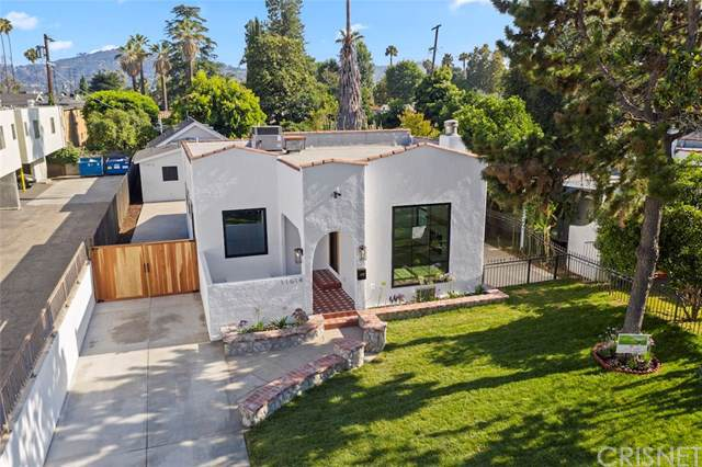 11014 Blix Street, Toluca Lake, CA 91602 (#SR19213172) :: Fred Sed Group