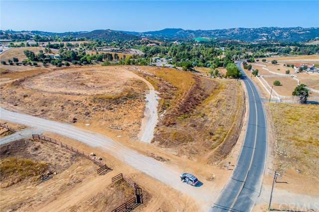 39755 Vineyard View Dr, Murrieta, CA  (#CV19212082) :: EXIT Alliance Realty