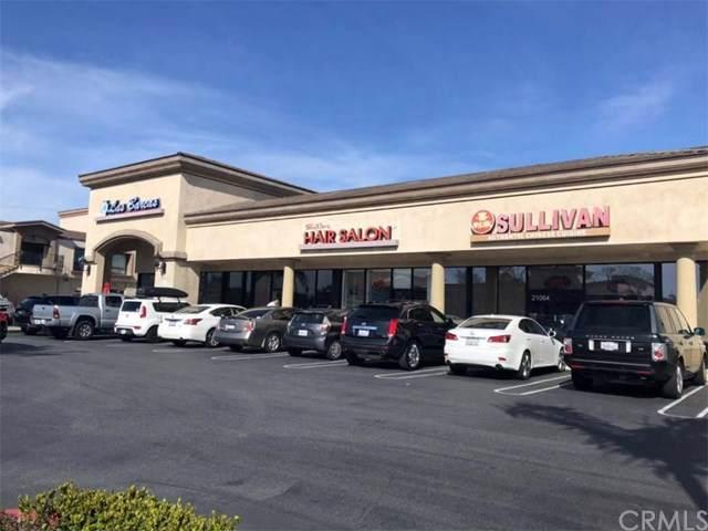 21064 Beach Blvd, Huntington Beach, CA 92646 (#OC19214325) :: J1 Realty Group