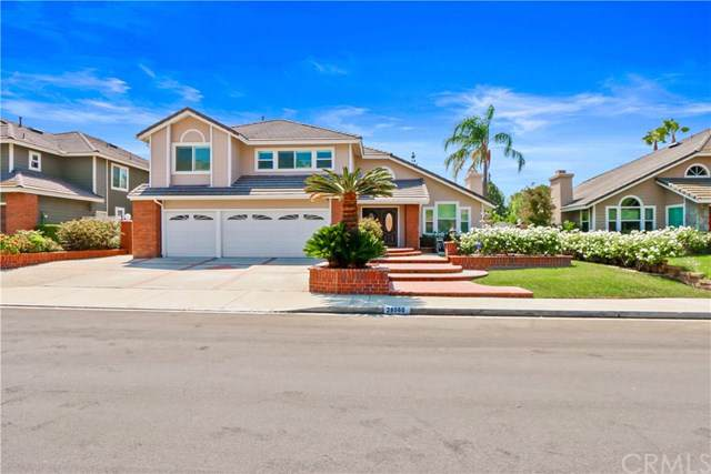 28060 Blackberry Way, Yorba Linda, CA 92887 (#PW19214657) :: Allison James Estates and Homes