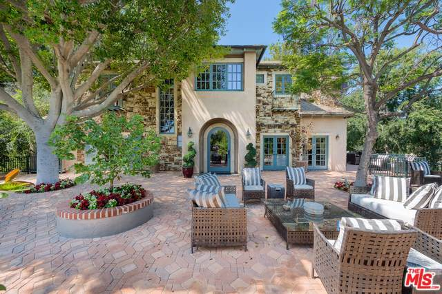 4517 Dundee Drive, Los Angeles (City), CA 90027 (#19501336) :: Berkshire Hathaway Home Services California Properties