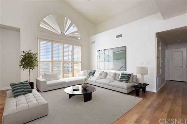 6800 Corbin Avenue #301, Reseda, CA 91335 (#SR19214748) :: Allison James Estates and Homes