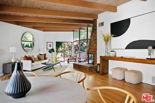 5730 Cazaux Drive, Los Angeles (City), CA 90068 (#19507188) :: Berkshire Hathaway Home Services California Properties