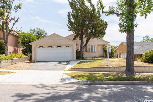2930 N Brighton Street, Burbank, CA 91504 (#319003638) :: Fred Sed Group