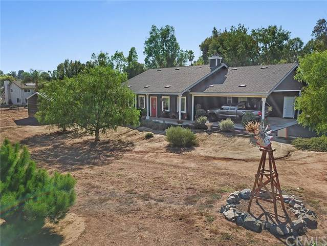1939 Calmin Drive, Fallbrook, CA 92028 (#ND19216340) :: Allison James Estates and Homes