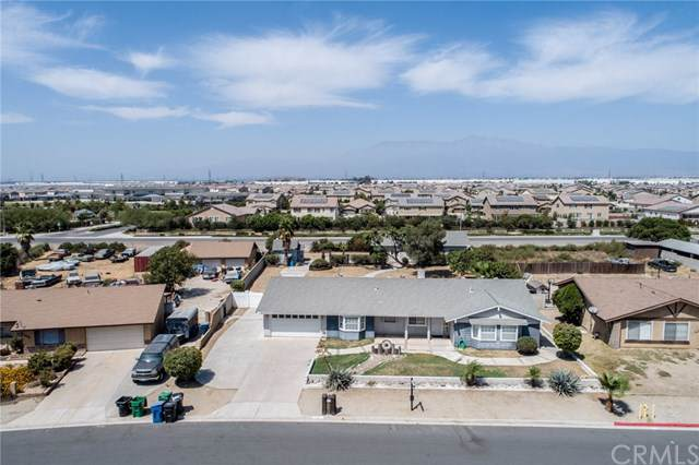 11471 Antigua Drive, Jurupa Valley, CA 91752 (#CV19216096) :: The Danae Aballi Team
