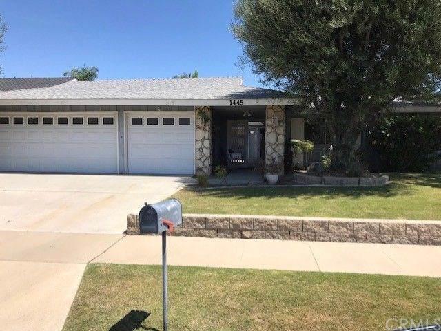 1445 N Navarro Place, Orange, CA 92869 (#PW19216560) :: Team Tami
