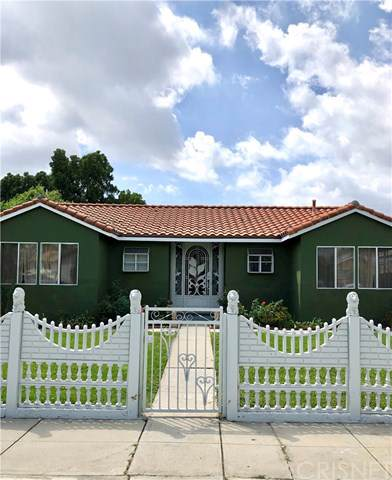 10633 Stanwin Avenue, Mission Hills (San Fernando), CA 91345 (#SR19216678) :: Team Tami