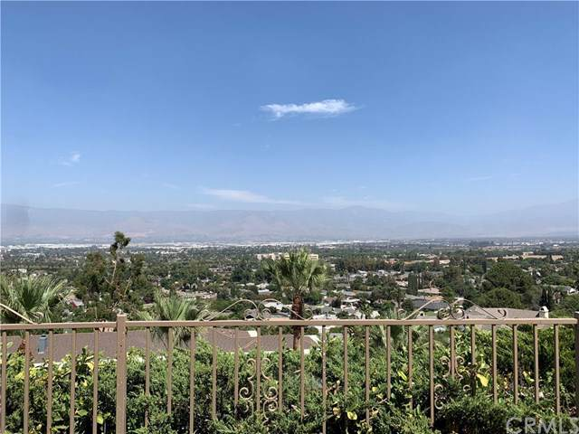 25045 Crestview Drive, Loma Linda, CA 92354 (#IV19216783) :: The Costantino Group | Cal American Homes and Realty