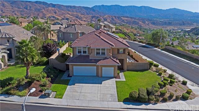 14284 Arches Lane, Canyon Country, CA 91387 (#SR19213313) :: The Parsons Team