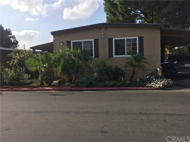 350 Willow Avenue #157, Rialto, CA 92376 (#PW19218025) :: Berkshire Hathaway Home Services California Properties