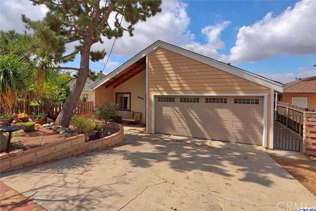 10863 Mountair Avenue, Tujunga, CA 91042 (#319003691) :: The Brad Korb Real Estate Group