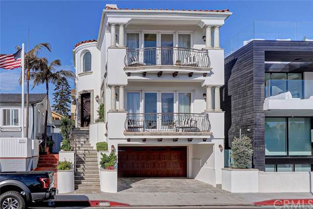 2304 Hermosa Avenue, Hermosa Beach, CA 90254 (#SB19218140) :: The Miller Group
