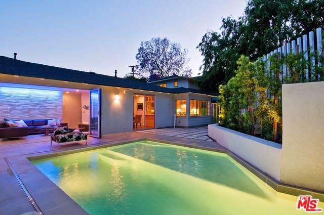 2409 N Vermont Avenue, Los Angeles (City), CA 90027 (#19510158) :: Berkshire Hathaway Home Services California Properties
