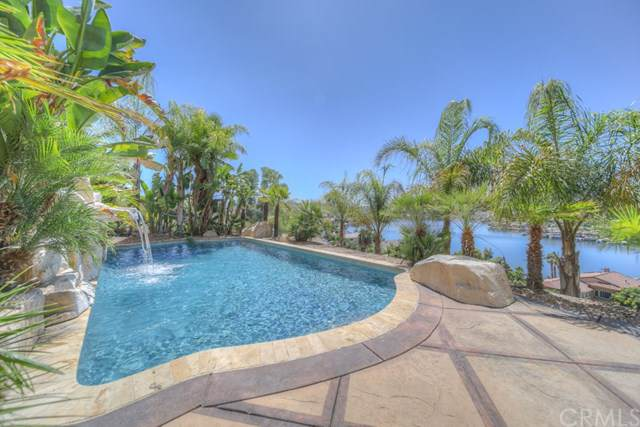 22564 Inspiration, Canyon Lake, CA 92587 (#SW19210795) :: California Realty Experts