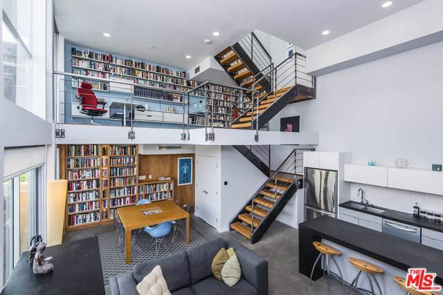 333 S Wilton Place #1, Los Angeles (City), CA 90020 (#19510344) :: RE/MAX Empire Properties