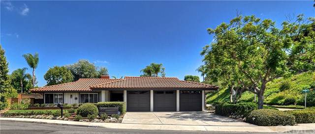 26262 Amapola Lane, Mission Viejo, CA 92691 (#LG19217195) :: Berkshire Hathaway Home Services California Properties