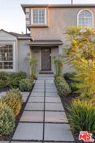 6372 W 82ND Street, Los Angeles (City), CA 90045 (#18365412) :: Allison James Estates and Homes