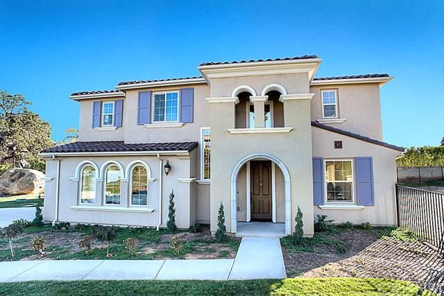 9607 Baden Avenue, Chatsworth, CA 91311 (#SR19210396) :: Brandon Hobbs Group