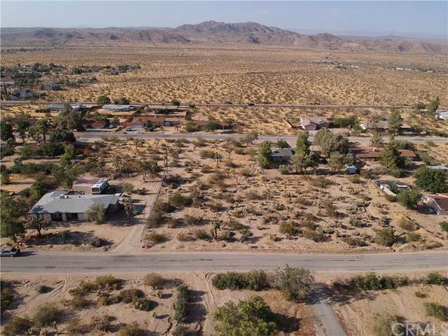 60622 Latham, Joshua Tree, CA 92252 (#JT19219485) :: Legacy 15 Real Estate Brokers