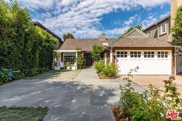 121 S Medio Drive, Los Angeles (City), CA 90049 (#19510066) :: California Realty Experts