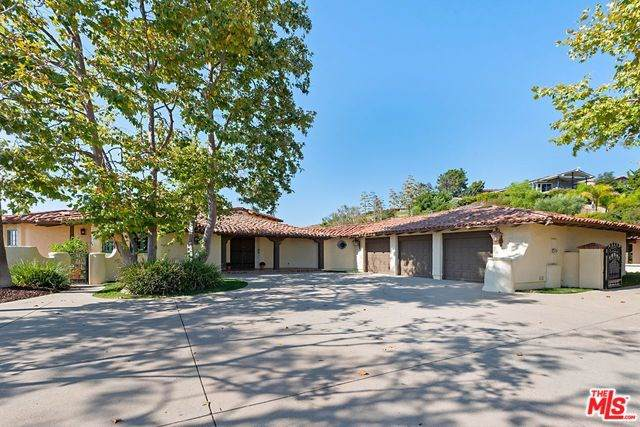 2716 Sapra Street, Thousand Oaks, CA 91362 (#19510658) :: J1 Realty Group