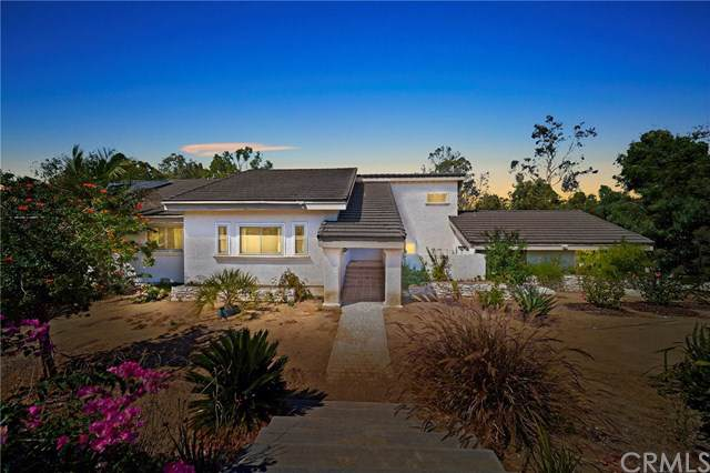 4933 Sleeping Indian Road, Fallbrook, CA 92028 (#SW19219696) :: Allison James Estates and Homes