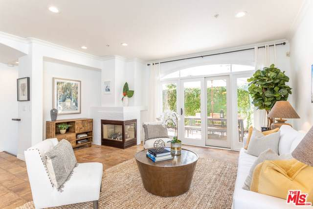 1217 Yale Street #110, Santa Monica, CA 90404 (#19510700) :: Steele Canyon Realty