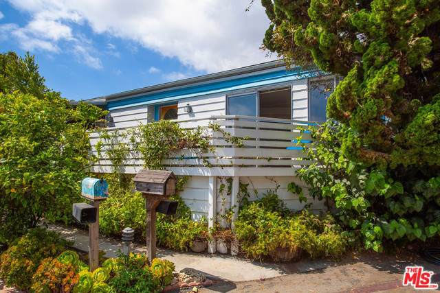 227 Paradise Cove Road, Malibu, CA 90265 (#19509770) :: Cal American Realty