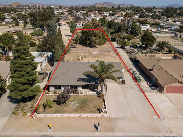 2859 Vine Avenue, Norco, CA 92860 (#IG19216627) :: Realty ONE Group Empire