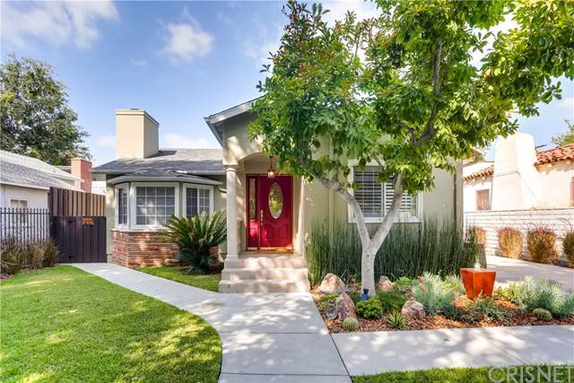 5507 Ventura Canyon Avenue, Sherman Oaks, CA 91401 (#SR19219711) :: Team Tami