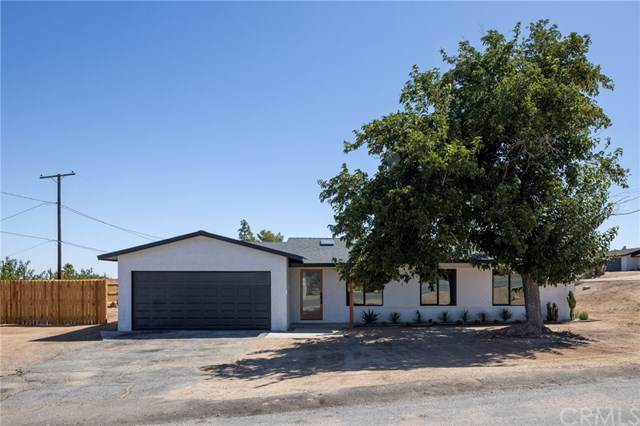 7005 Hillview Road, Joshua Tree, CA 92252 (#JT19219813) :: RE/MAX Masters