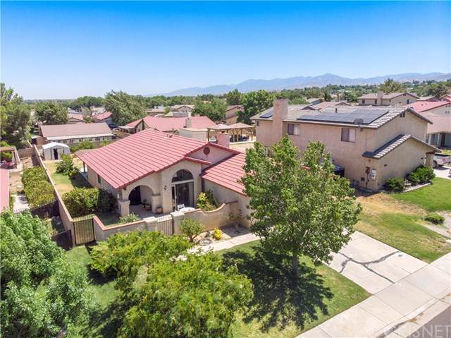 37126 Annie Street, Palmdale, CA 93550 (#SR19220132) :: RE/MAX Empire Properties