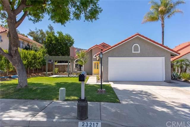 23217 Claystone Avenue, Corona, CA 92883 (#SW19220359) :: Mainstreet Realtors®