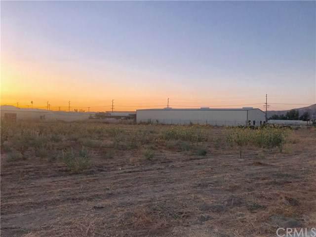 0 Commerce Land, San Jacinto, CA  (#SW19218516) :: Millman Team