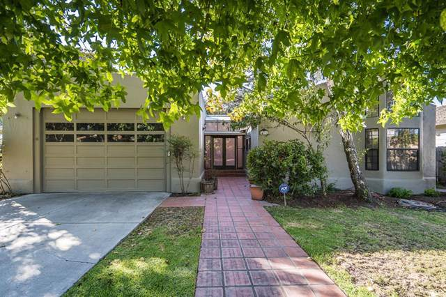 331 Amherst Drive #331, Salinas, CA 93901 (#ML81768693) :: Abola Real Estate Group